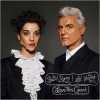 David Byrne & St.Vincent – Love This Giant