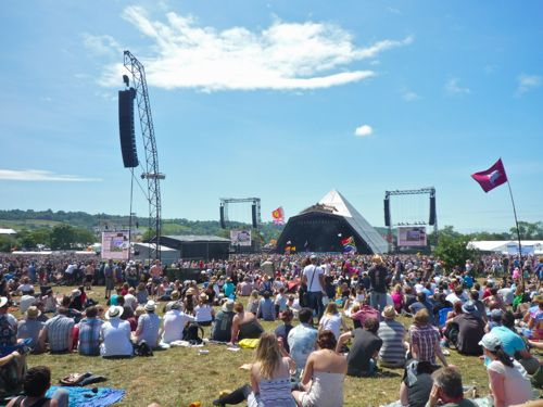 Sunshine at the Pyramid Stage